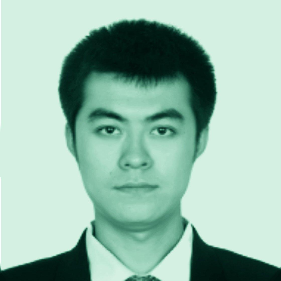 Qingyuan Hu